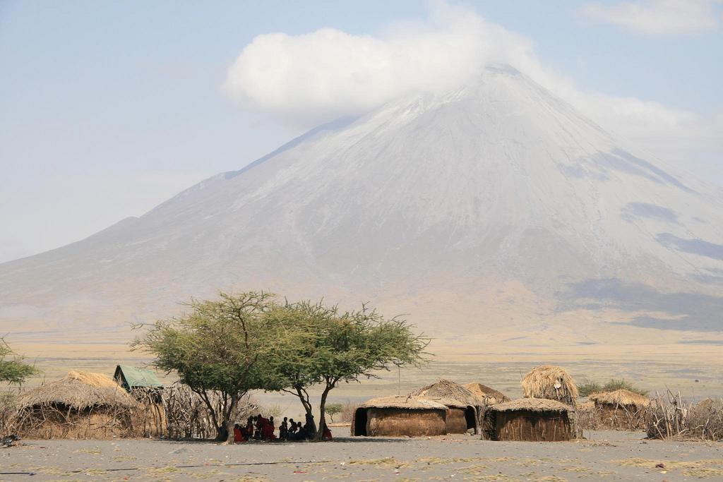Maasai landsby ved Lake Natron