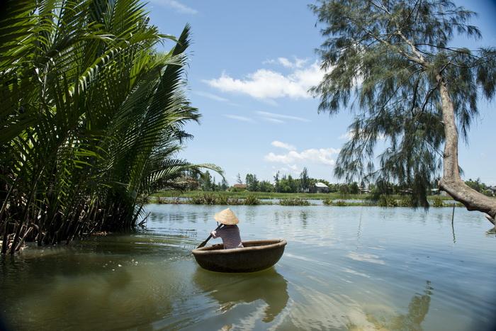 Lokal båd på Thu Bon floden ved Hoi An