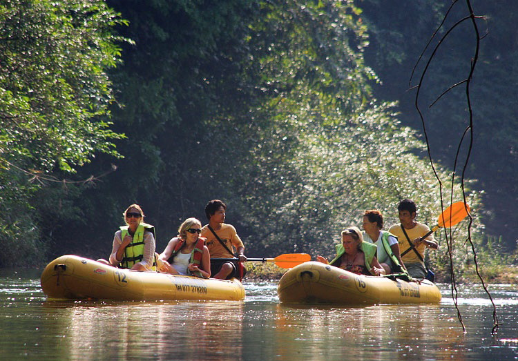 canoe safari khao sok national park